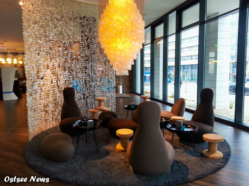 motel one rostock business hotel vom feinsten ostsee. Black Bedroom Furniture Sets. Home Design Ideas